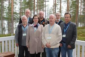 Kuvassa vasemmalta Heikki Kankaanpää, Hannu Gustafsson, Minna Hämäläinen, Matti Itkonen, Pekka Vintturi, Viljo Pehkonen ja Matti Moilanen.
